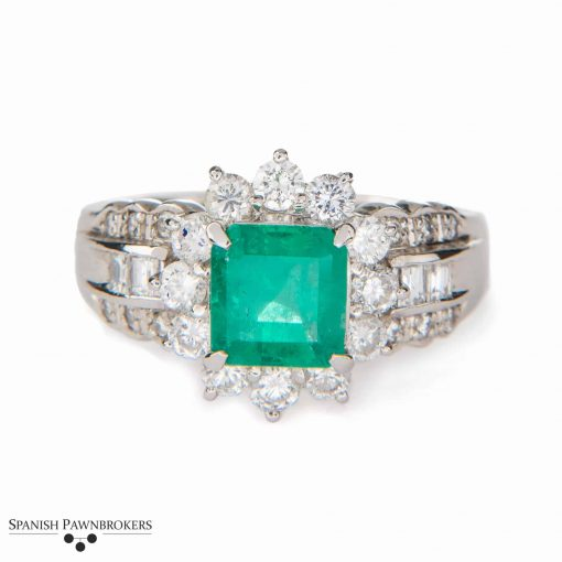 Colombian Emerald and Diamond Platinum ring