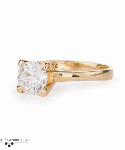 Pre-owned ladies Diamond solitaire set with a 1.12 carat round brilliant cut diamond made of 18-carat yellow gold