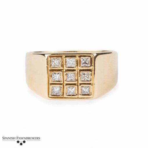 Pre-owned 9 stone diamond ring set with princess cut diamonds made of 18-carat yellow gold 0.45 carats